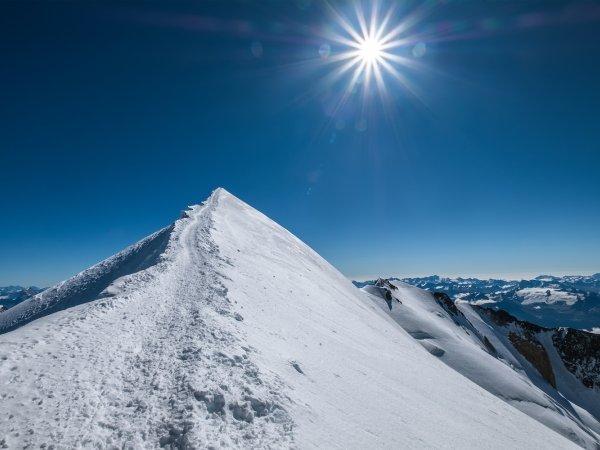 Mont Blanc 4808 summit